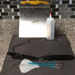 Wilton assorted Tool Bundle